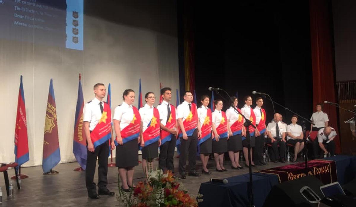 Кадеты сессии «Вестники сострадания» рукоположены в офицеры Армии Спасения